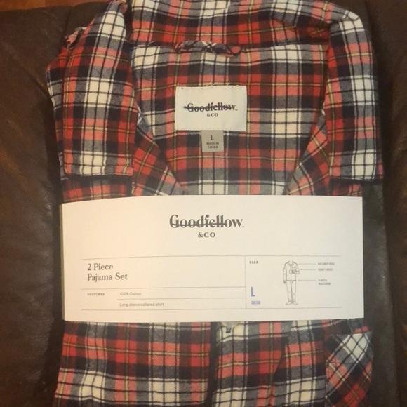 New Mens 2 Piece Pajama Lounging Set Buffalo Plaid Red Size XL Long sleeve shirt
